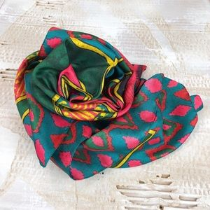 Bright polyester paisley printed satin scarf